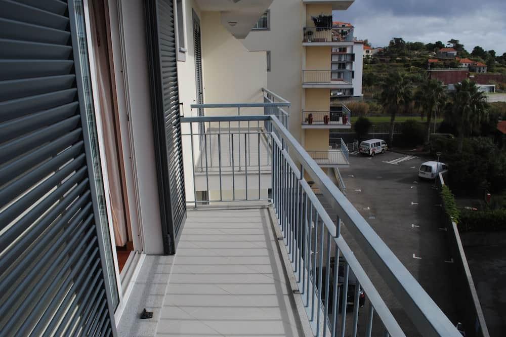 apartman, 2 hálószobával, erkély, kilátással a tengerre - Erkély