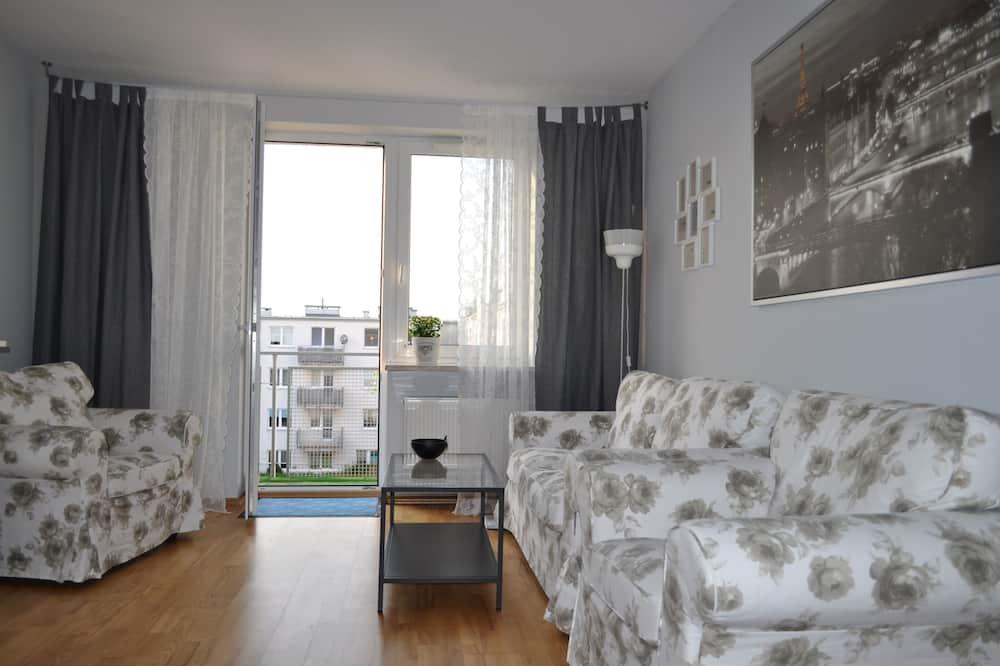 Апартаменти, 1 двоспальне ліжко та розкладний диван, для некурців - Номер