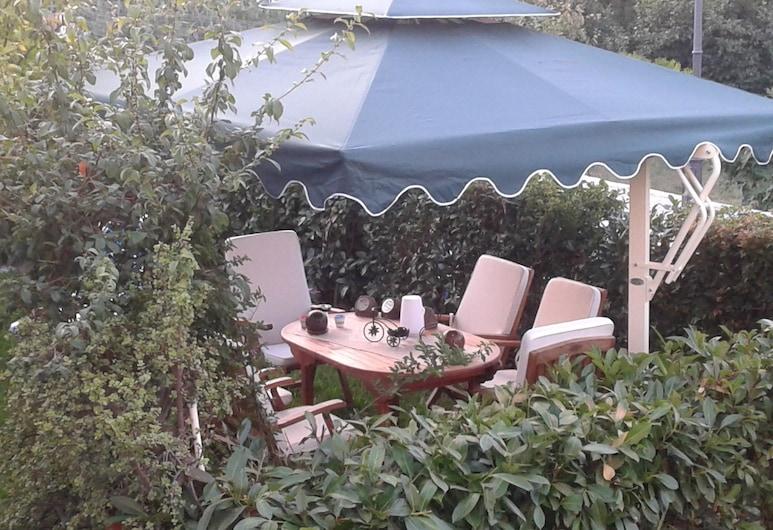 B&B Nonna Pina, San Giovanni a Piro, Garden
