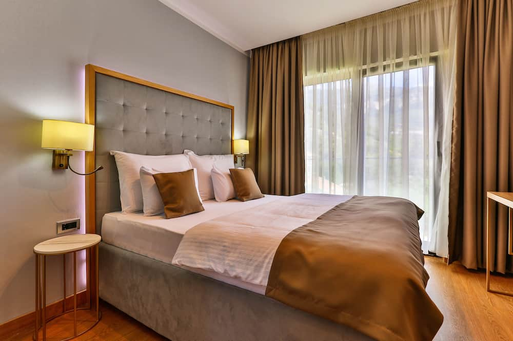 Superior Double Room - City View