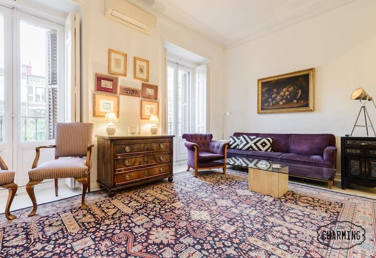 Charming Elegant Retiro Park, Madrid, Deluxe-Apartment, 3Schlafzimmer, 2 Bäder, Stadtblick, Wohnzimmer