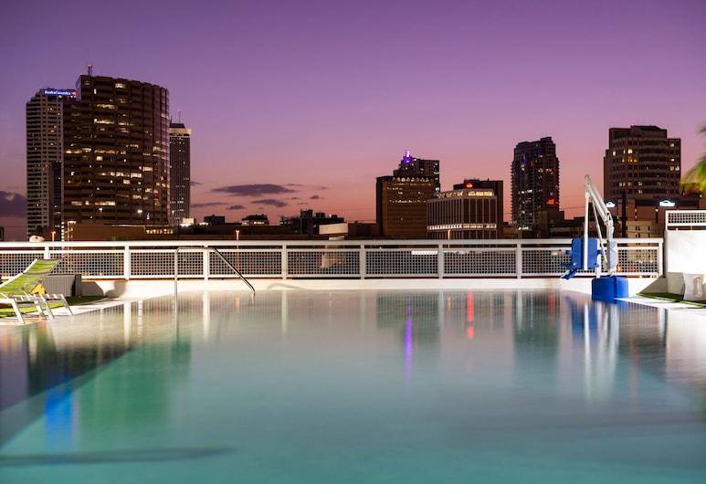 Hampton Inn Tampa Downtown Channel District, Tampa, Quarto, 1 cama king-size, Frigorífico e Micro-ondas, Canto, Vista para a Cidade