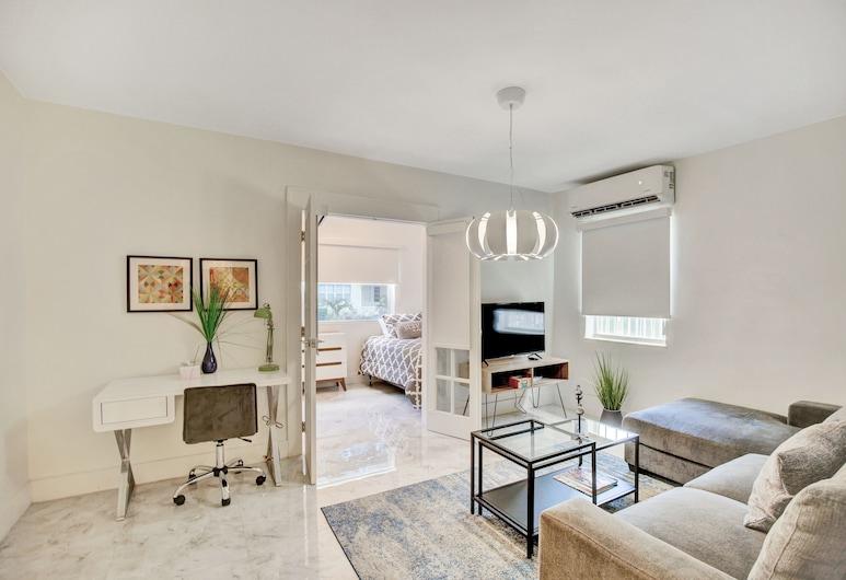 Destination Stays-Design District Miami, Miami