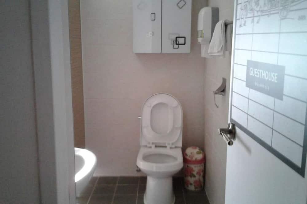 Загальне спальне приміщення, тільки для жінок (4 Beds) - Ванна кімната