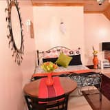 Sherry Homes Zuri Studio