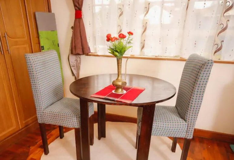 Sherry Homes Qwetu Studio, Nairobi, Apartment, 1 Double Bed, Non Smoking, In-Room Dining