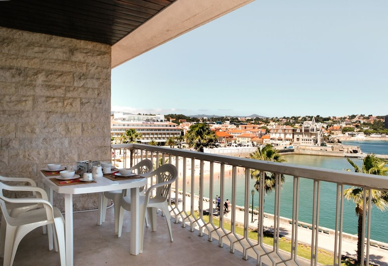 Romantic Apartment Sea View Cascais Bay, Cascais