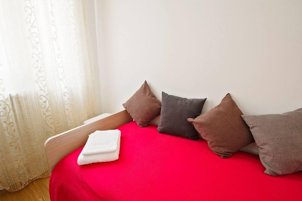 Kahden hengen huone (Asinelli) - Vierashuone