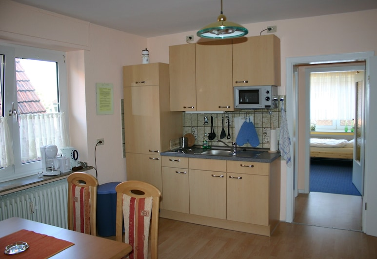 Pension Dorfkrug, לודינגהאוזן, דירה (5 Persons), חדר אורחים