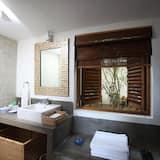 Standard Villa, Non Smoking - Bathroom