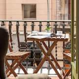 Улучшенный трехместный номер, балкон - Балкон