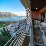 Superior Apartment, 3 Bedrooms, Sea View - Balcony