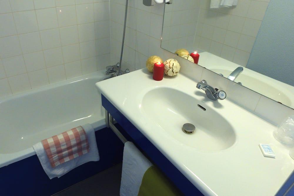 Apartment, 2 Bedrooms, 2 Bathrooms - Bilik mandi