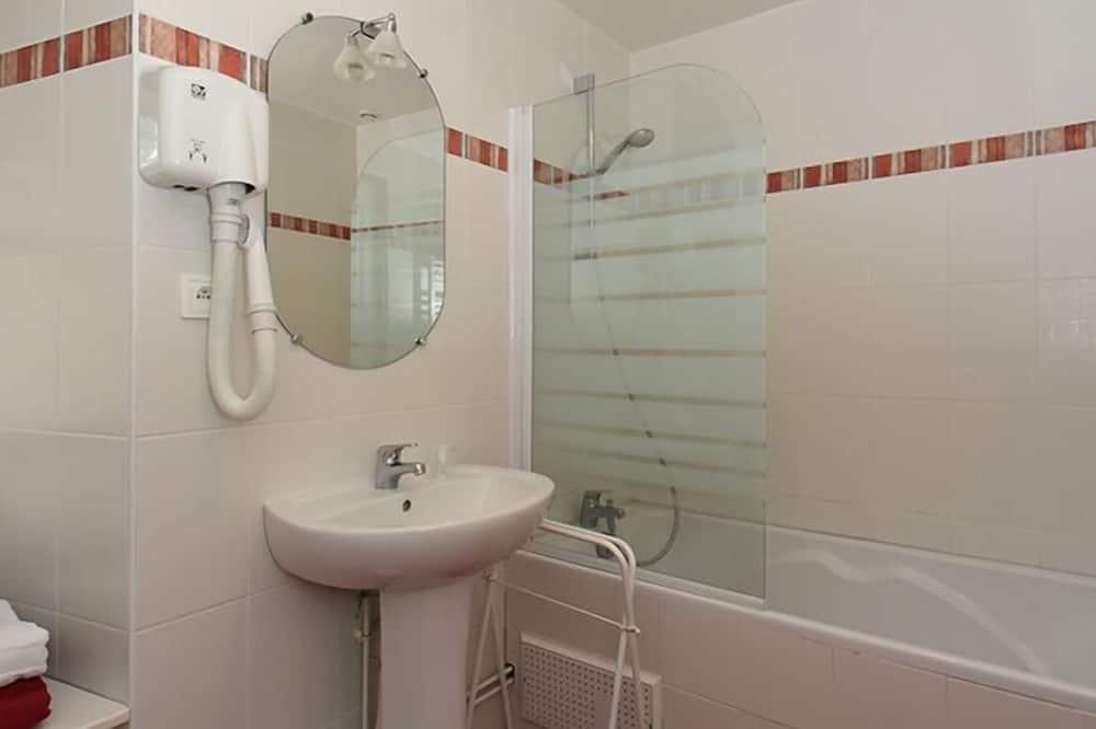 ห้องสแตนดาร์ดดับเบิล (Caramel) - ห้องน้ำ
