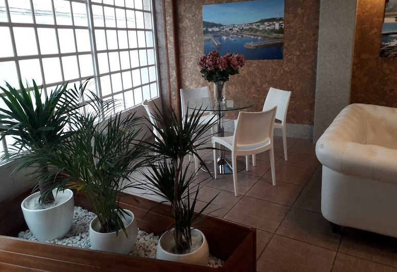 Hostal Vendaval, Ortigueira, Lobby Sitting Area