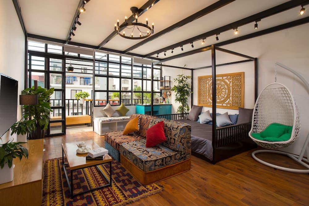 Sun-kissed & Large Studio inside Old Quarter - Oturma Odası