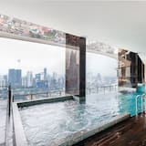 OYO Home 457 1BR Setia Sky With Panoramic View from Balcony