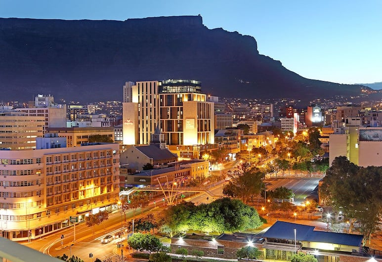 Metropolis 1108 - Adults Only, Cape Town, Comfort Apartment, 1 King Bed, Non Smoking, Mountain View
