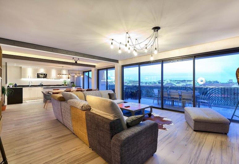 Indus Loft - Luxurious - LRA CANNES, Cannes, Huoneisto, 4 makuuhuonetta, Merinäköala, Olohuone