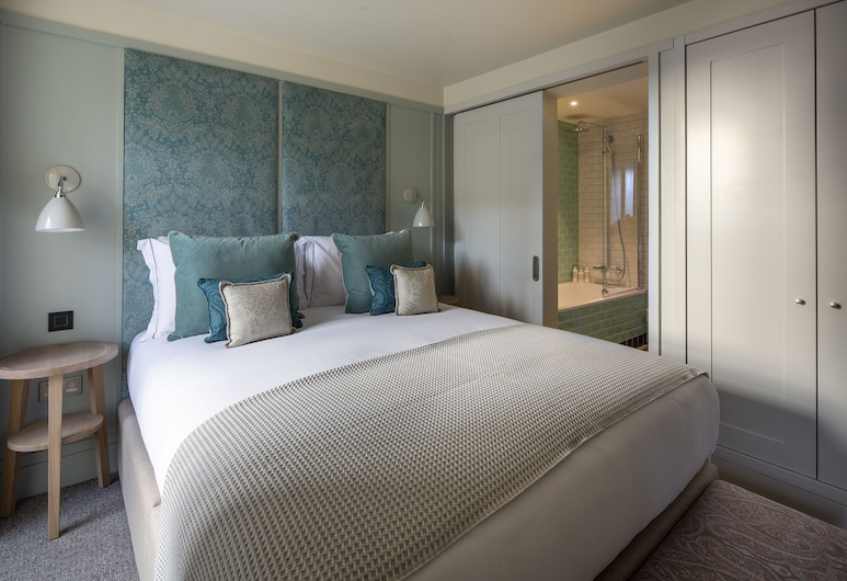 Cheval Abbey Strand Apartments, at Holyrood , Edinburgh, Appartement, 1 kingsize bed met slaapbank, uitzicht op tuin, Kamer
