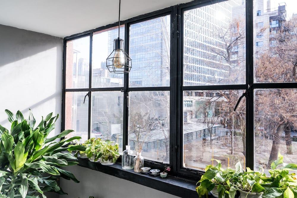 Apartment B - Balcony