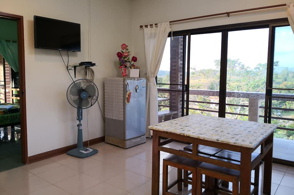 Sriwipa Hill 1 - تناول الطعام داخل الغرفة