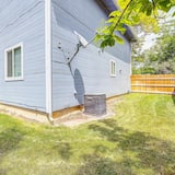 House, Multiple Beds (Ideally Located Westminster Home - Sl) - Exterior