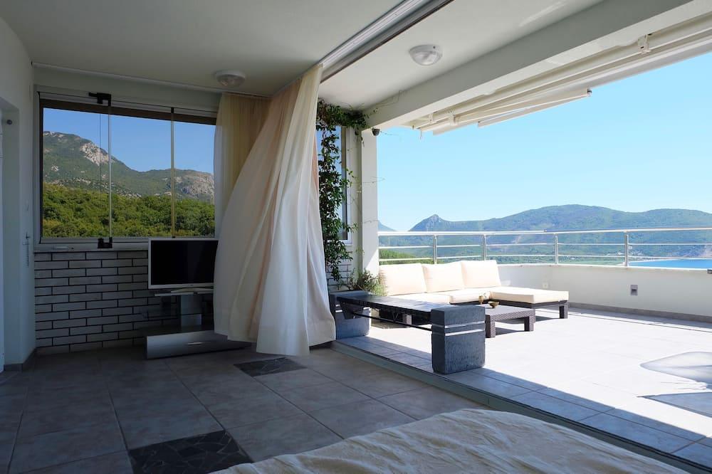 Deluxe Studio, Balcony, Sea View (3) - Bilik Rehat