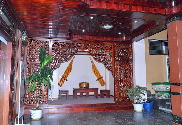 Anoulackkhenlao Hotel, Phonsavan, Terrazza/Patio