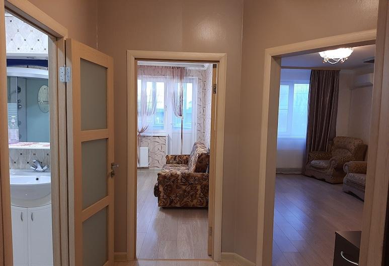Apartment on Pervomayskiy prospekt 76/3 , Ryazan, Interior Entrance