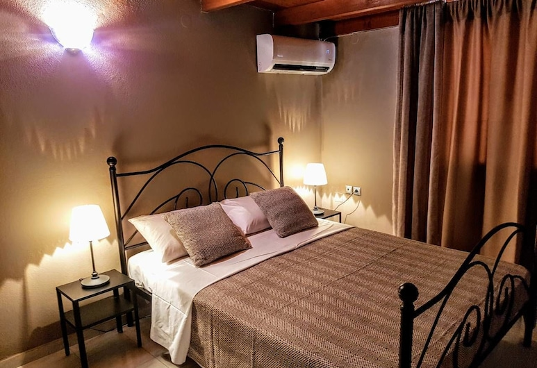 Dali Rooms, Chania, Deluxe Room, 1 Queen Bed with Sofa bed, Room