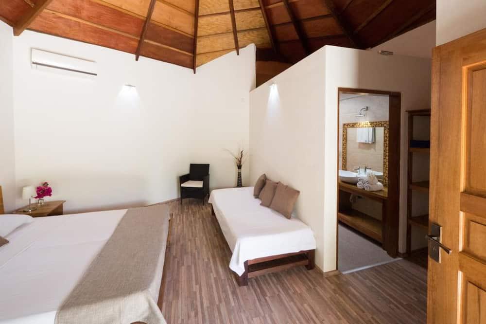客房, 多張床, 花園景 - 浴室