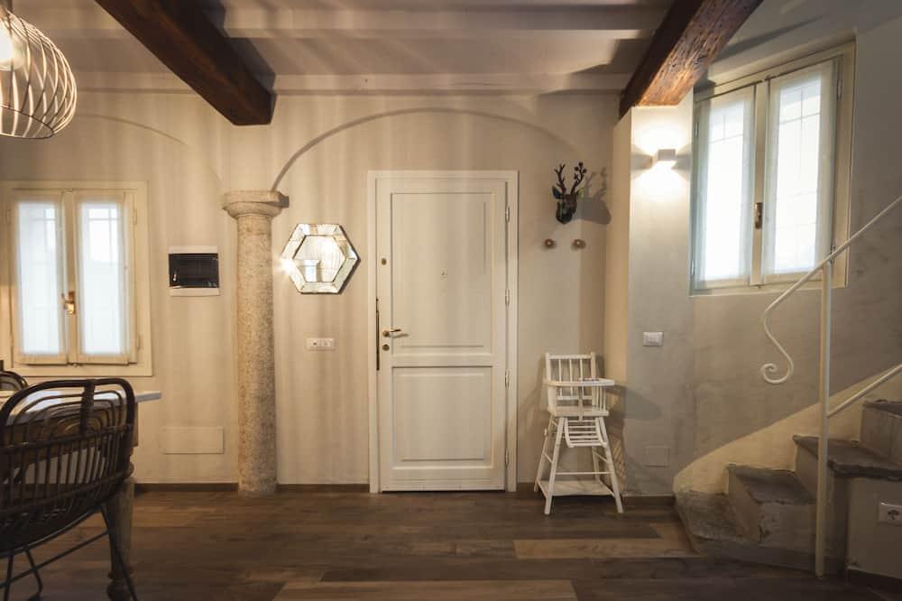 Apartmán, dvojlůžko (180 cm) a rozkládací pohovka, kuchyňský kout - منطقة المعيشة