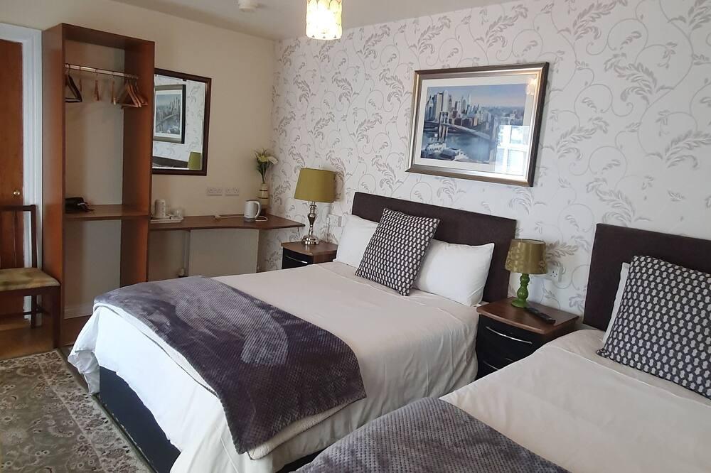 Kolmen hengen huone - Vierashuone