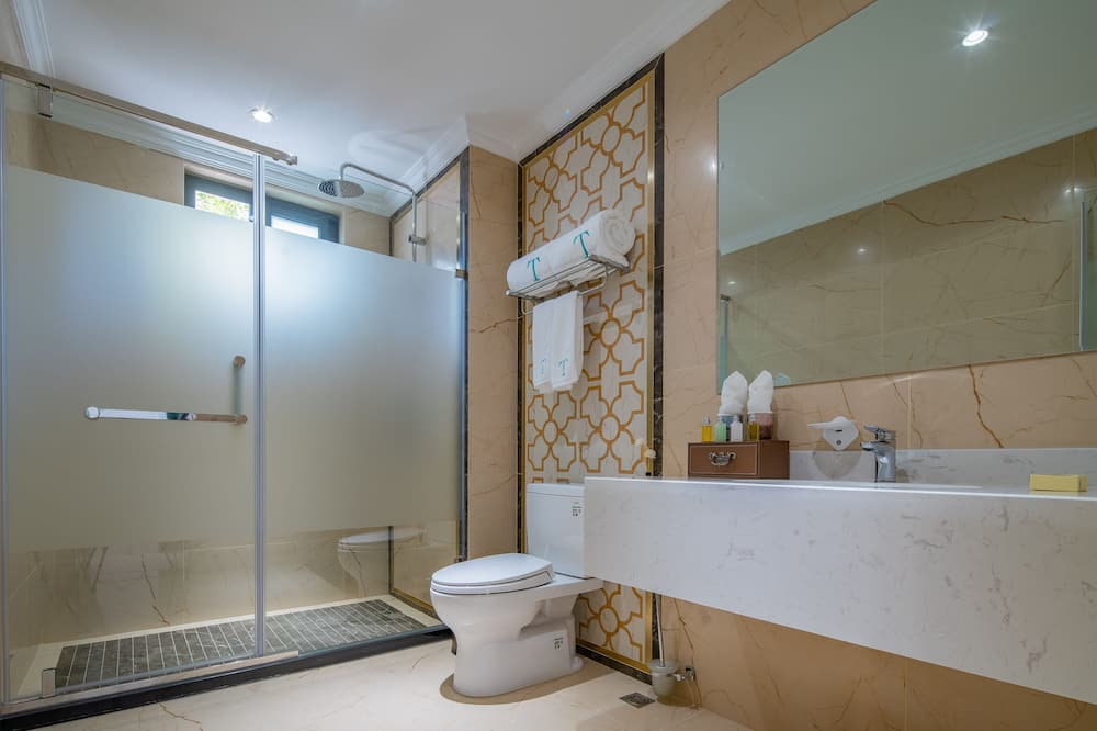 Luxury Σουίτα, Θέα στον Κήπο - Μπάνιο