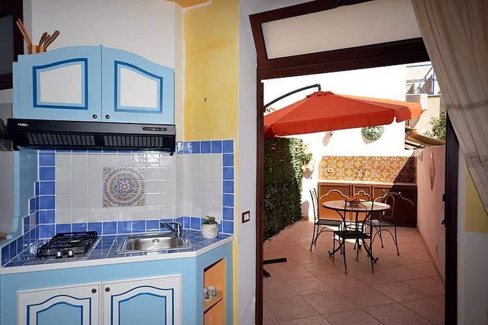 Comfort Apartment, Terrace - In-Room Dining