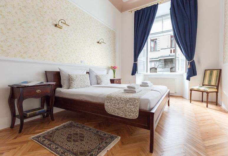 巴爾波宮殿酒店, 留布利安納, 公寓, 1 間臥室 (The Queen's Residence), 客房