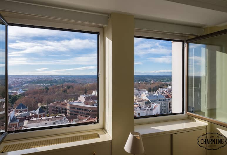 Charming Plaza España , Madrid, Apartment, 1 Bedroom, City View, View from room