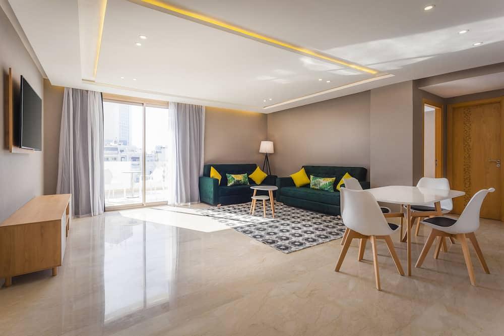 Suite, terrasse - Salle de séjour