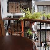 Стандартный номер, 1 двуспальная кровать «Квин-сайз» - Вид с балкона