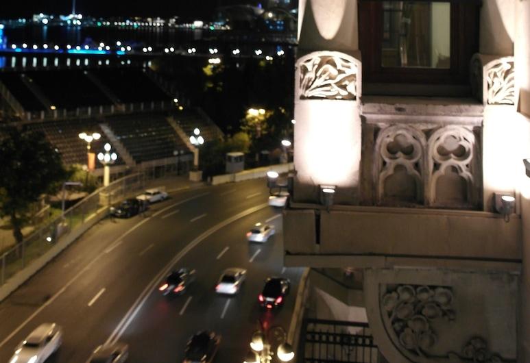 History Boutique Hotel, Baku, Apartmá, balkon, Průčelí hotelu ve dne/v noci