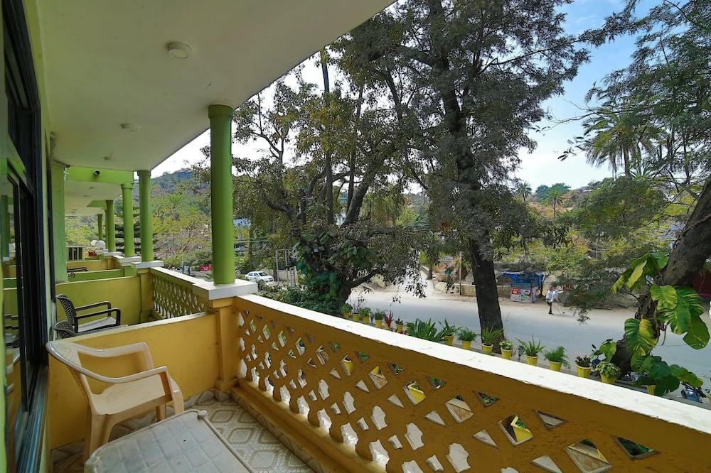 Deluxe AC Rooms with Balcony - Balcony