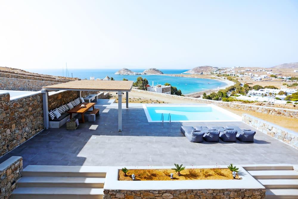 Family Villa, 4 Bedrooms, Non Smoking, Beach View - Infinity Pool