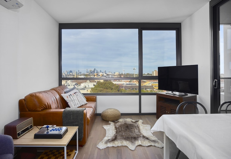 Chic Apartment in the Best Pocket of Brunswick, Brunswick, Deluxe Apartment, 1 Bedroom, Living Area