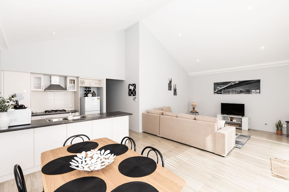 Апартаменты «Делюкс», 3 спальни - Зона гостиной