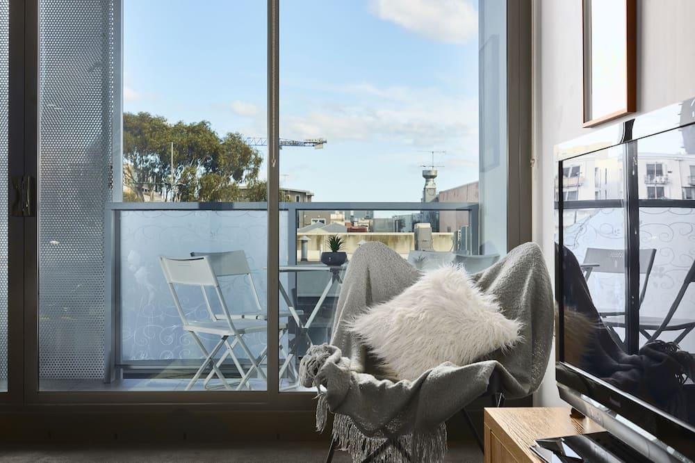 Deluxe House, 2 Bedrooms - Living Room