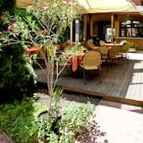 Double Room - Outdoor Dining