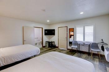 Hình ảnh The Greens Hotel - Stockton Blvd tại Sacramento
