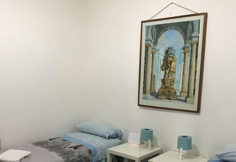 Casa Nanà, Naples, Basic Apartment, 3 Bedrooms, Balcony, Room