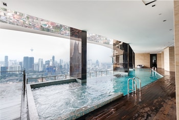 吉隆坡OYO 462 1 房瑟蒂亞天空屋頂無邊界游泳池之家飯店的相片